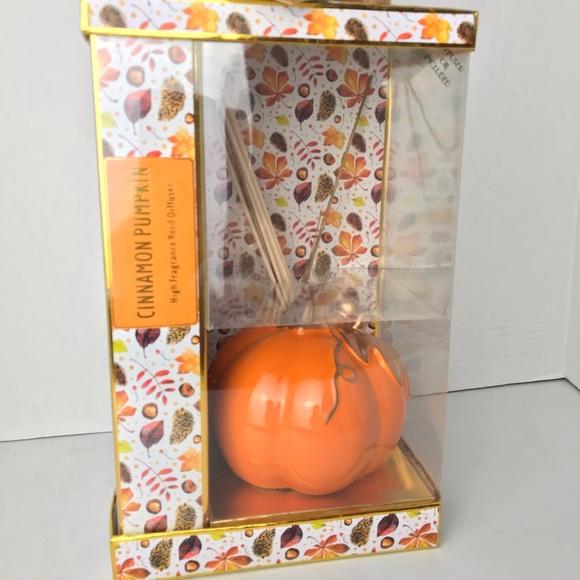 GC Harvest Other - Cinnamon Pumpkin Oil Diffuser
